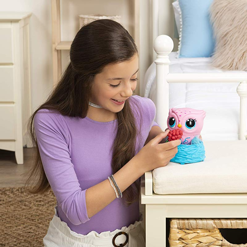 6053359-toy childrens-interactive animal flywheel-pink Owleez
